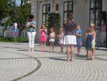 Vorführung des örtlichen Kneipp Kindergarten